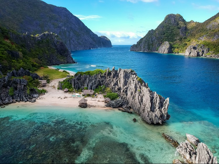 Islands in the Philippines